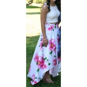 2 piece Floral Skirt/Lace Top